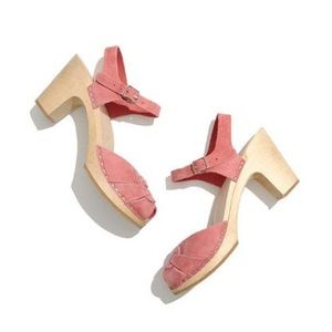 🌸 Swedish Hasbeens Peep-Toe Super-High Clogs